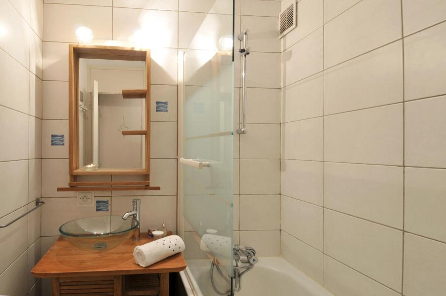 Holiday in mountain resort 2 room apartment 5 people (02) - Résidence Turquoise - La Plagne - Bathroom