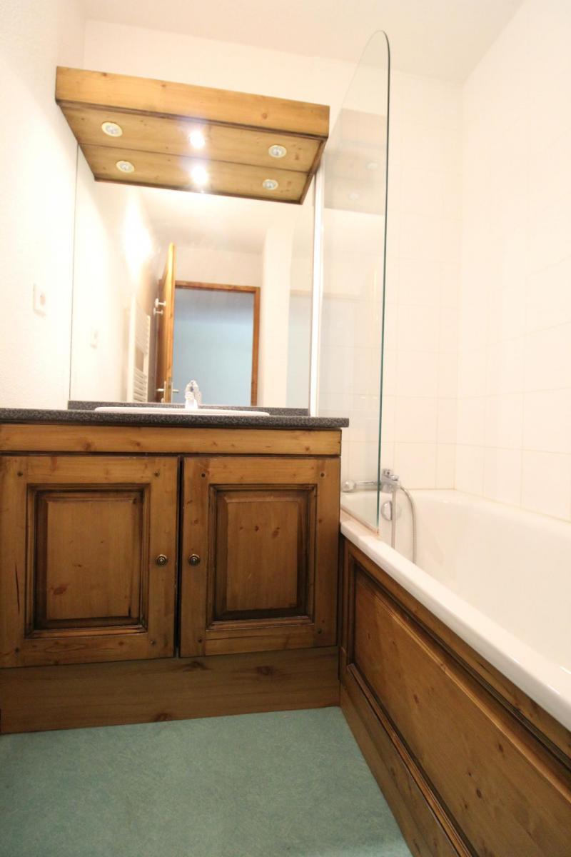 Vacances en montagne Appartement 2 pièces 4 personnes (33) - Résidence Valmonts - Val Cenis - Baignoire