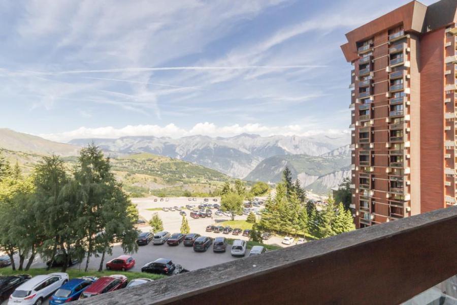 Holiday in mountain resort Studio 4 people (0302) - Résidence Vanguard Soyouz - Le Corbier - Summer outside