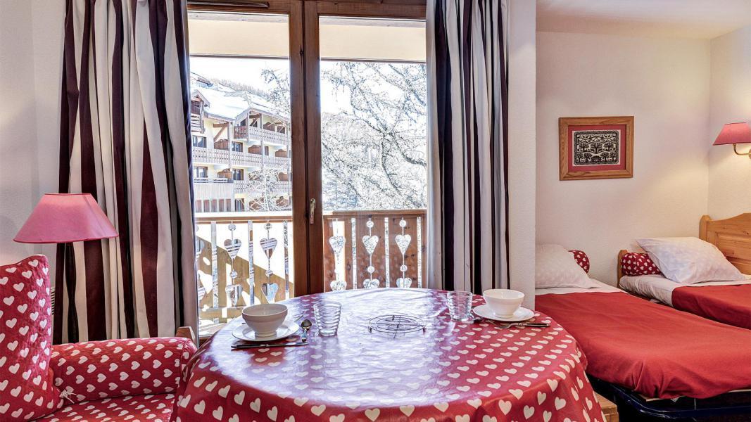 Vacances en montagne Résidence Véga - Risoul - Séjour