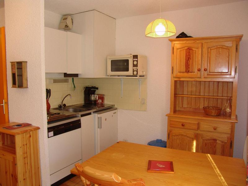 Holiday in mountain resort Studio cabin 4 people (EY2) - Résidence Verneys Galibiers - Valloire