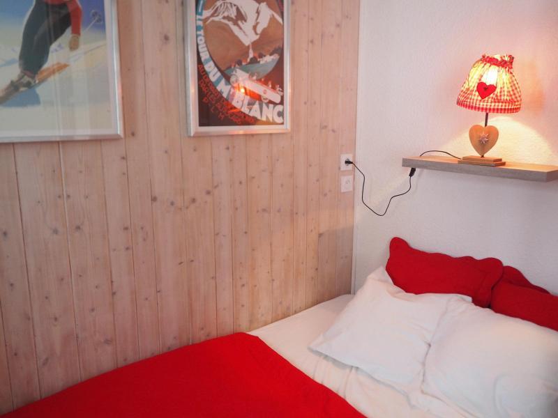 Vacances en montagne Studio cabine 4 personnes (120) - Résidence Villaret - Les Menuires