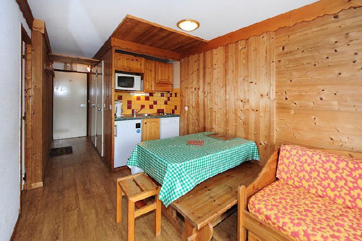 Vacances en montagne Appartement 2 pièces cabine 5 personnes (104) - Résidence Villaret - Les Menuires - Banquette