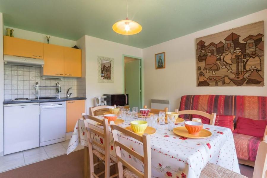 Holiday in mountain resort 3 room apartment 6 people (1508) - Résidence Zodiaque Vostok - Le Corbier - Double bed