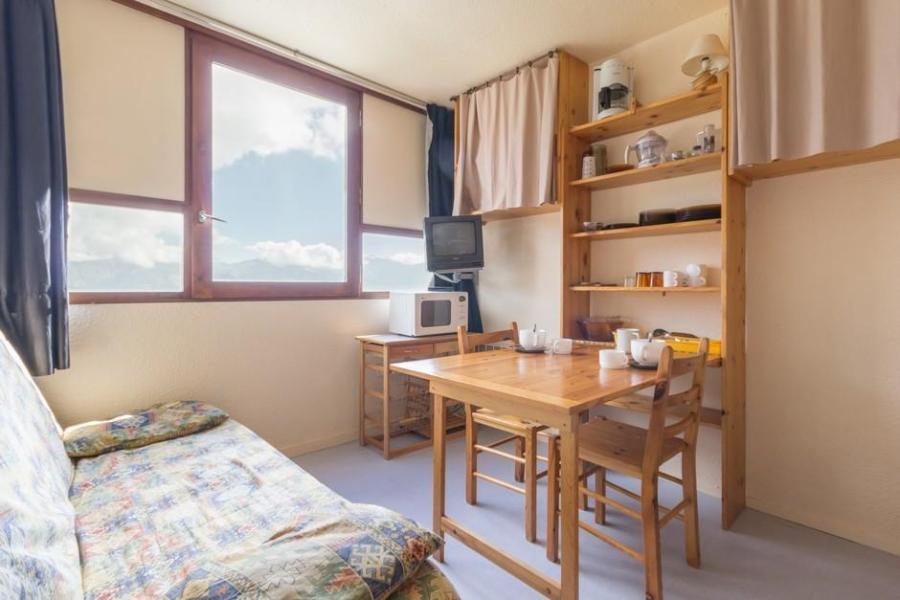 Holiday in mountain resort Studio 3 people (0603) - Résidence Zodiaque Vostok - Le Corbier - Armchair