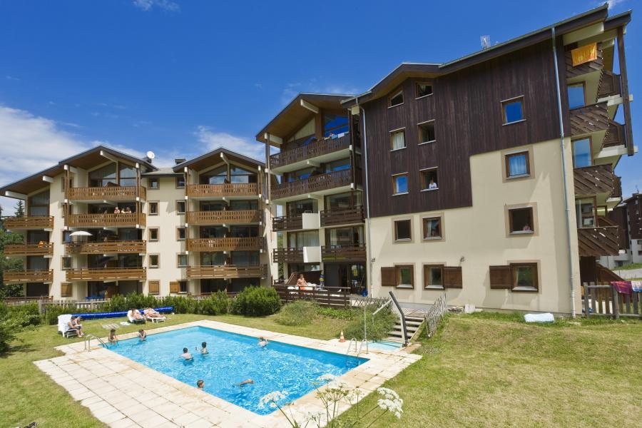 Rent in ski resort Résidences du Plateau des Esserts - Morillon - Summer outside