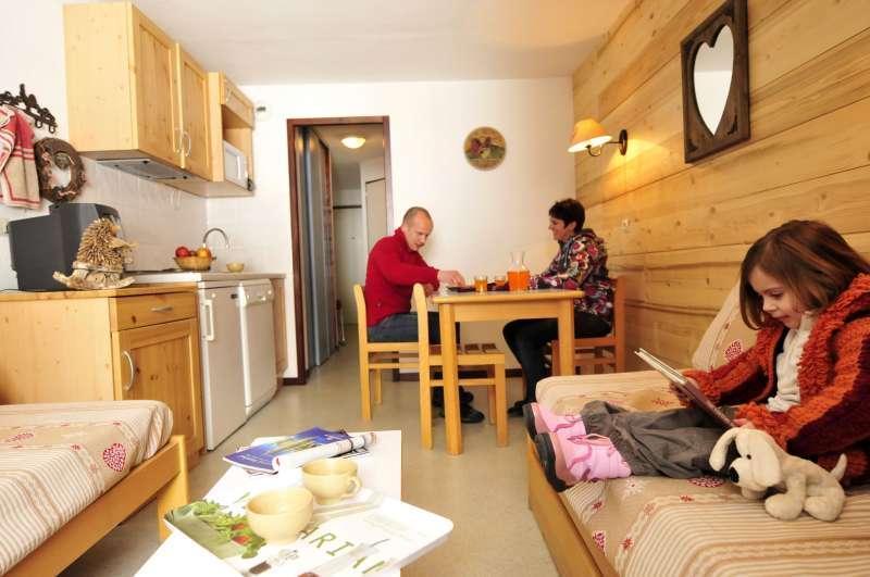 Vacances en montagne Résidences du Plateau des Esserts - Morillon - Cuisine ouverte