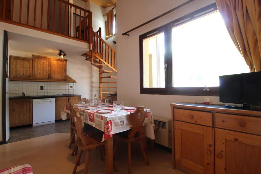 Vakantie in de bergen Appartement duplex 4 kamers 8 personen (CA22) - Résidences du Quartier Napoléon - Val Cenis