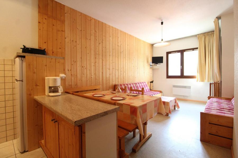 Vakantie in de bergen Appartement 2 kamers 5 personen (001) - Résidences du Quartier Napoléon - Val Cenis - Verblijf