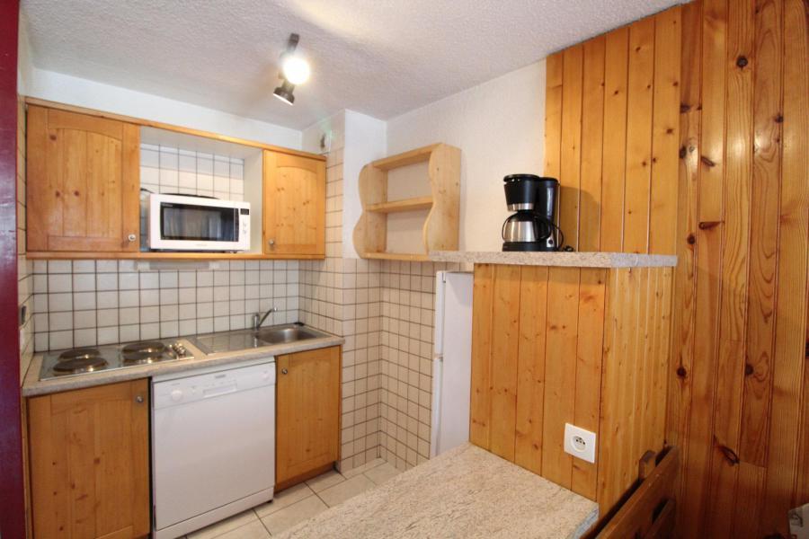 Vacances en montagne Appartement 3 pièces 7 personnes (AR11) - Résidences du Quartier Napoléon - Val Cenis - Table