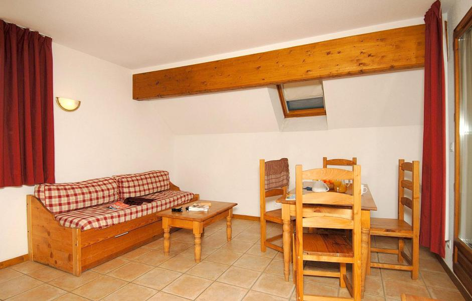 Holiday in mountain resort 2 room apartment 4 people (Prince des Ecrins) - Résidences Goelia les Balcons du Soleil - Les 2 Alpes - Dining area