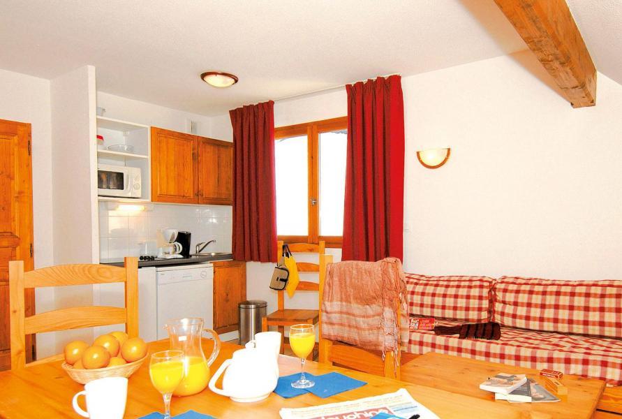 Holiday in mountain resort 2 room apartment 4 people (Prince des Ecrins) - Résidences Goelia les Balcons du Soleil - Les 2 Alpes - Living room