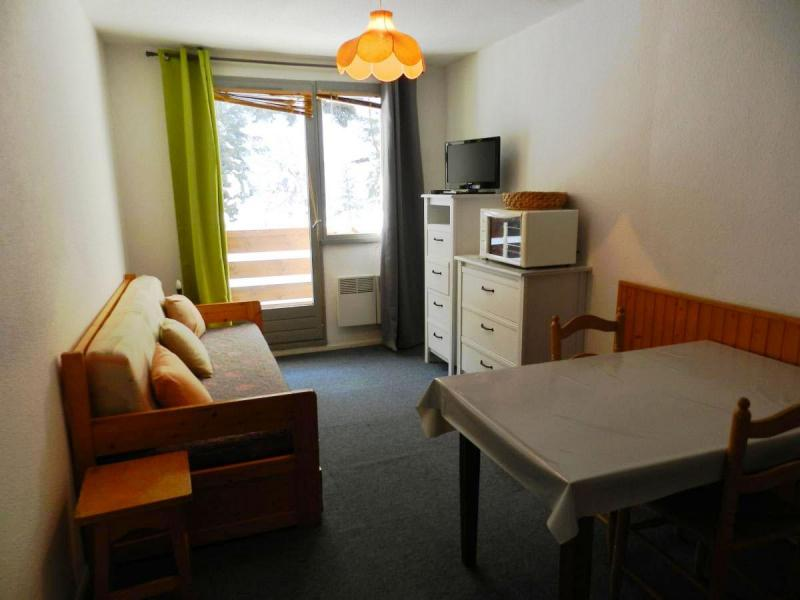 Holiday in mountain resort Studio 3 people (standard) - Résidences le Pleynet les 7 Laux - Les 7 Laux - Dining area