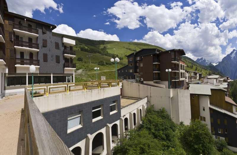 Location au ski Résidences les Deux Alpes 1800 - Les 2 Alpes - Extérieur été