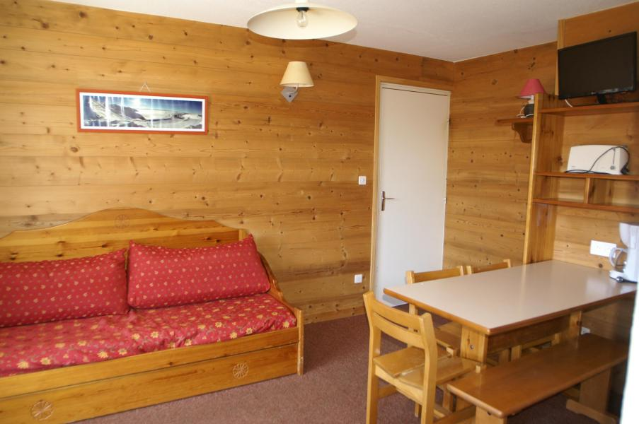Holiday in mountain resort 2 room apartment 4 people (Renovated) - Résidences Prapoutel les 7 Laux - Les 7 Laux - Sofa-bed