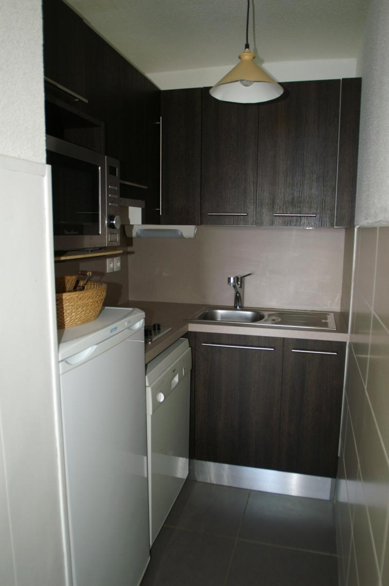 Holiday in mountain resort 3 room apartment 7 people (standard) - Résidences Prapoutel les 7 Laux - Les 7 Laux - Kitchenette