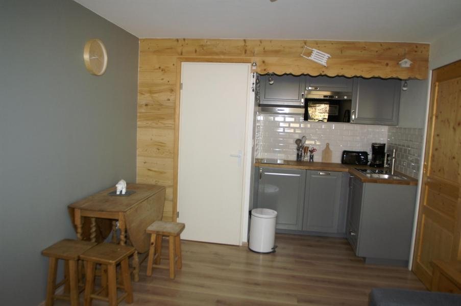 Vacances en montagne Appartement 2 pièces 5 personnes (standard) - Résidences Prapoutel les 7 Laux - Les 7 Laux - Cuisine ouverte
