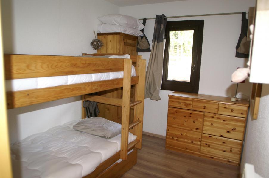 Vacances en montagne Appartement 2 pièces 5 personnes (standard) - Résidences Prapoutel les 7 Laux - Les 7 Laux - Lits superposés