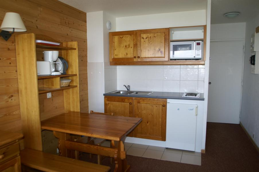 Holiday in mountain resort Studio 2 people (Renovated) - Résidences Prapoutel les 7 Laux - Les 7 Laux - Kitchen