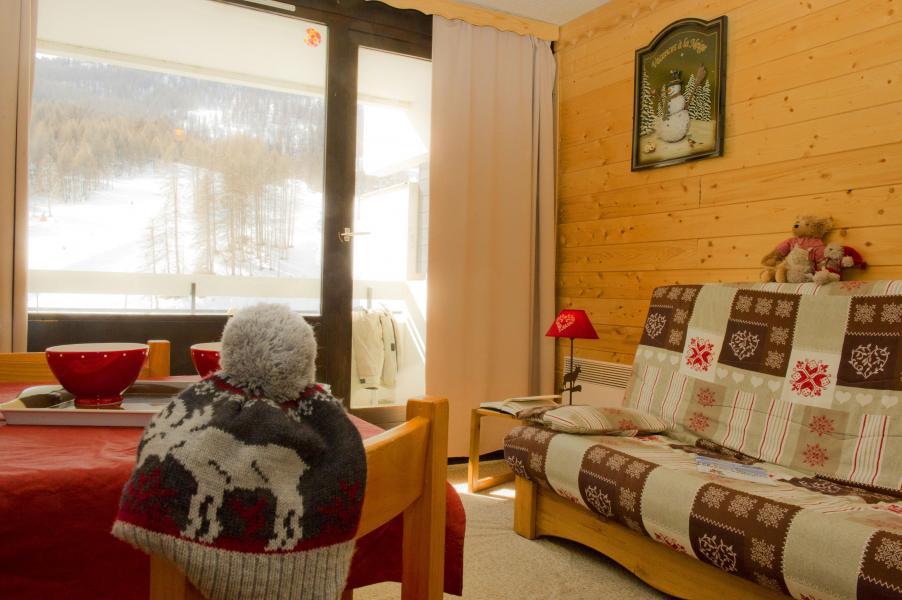 Urlaub in den Bergen Résidences Puy St Vincent 1600 - Puy-Saint-Vincent - Kleines Wohnzimmer