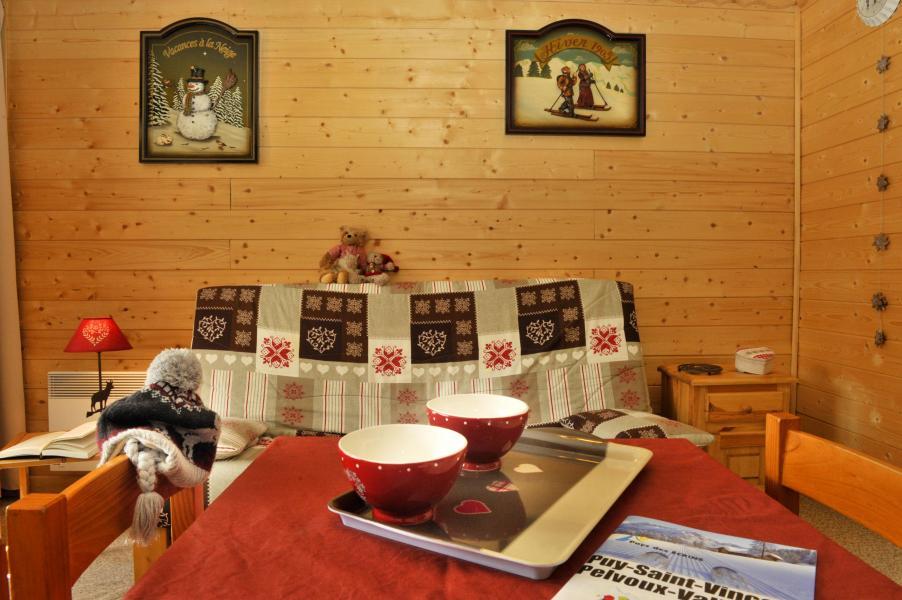Urlaub in den Bergen Résidences Puy St Vincent 1600 - Puy-Saint-Vincent - Tisch