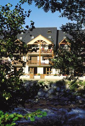 Vacances en montagne Résidences Vieille Aure - Saint Lary Soulan - Extérieur été