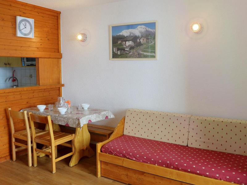 Holiday in mountain resort Studio 4 people (3) - Rond Point des Pistes - Tignes - Accommodation