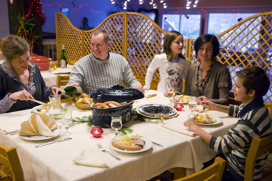 Holiday in mountain resort Village Club le Mongade - Le Lac Blanc -