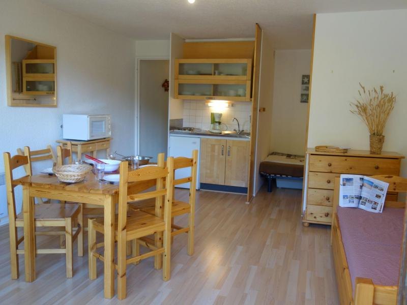 Holiday in mountain resort 1 room apartment 4 people (84) - Vostok Zodiaque - Le Corbier - Accommodation