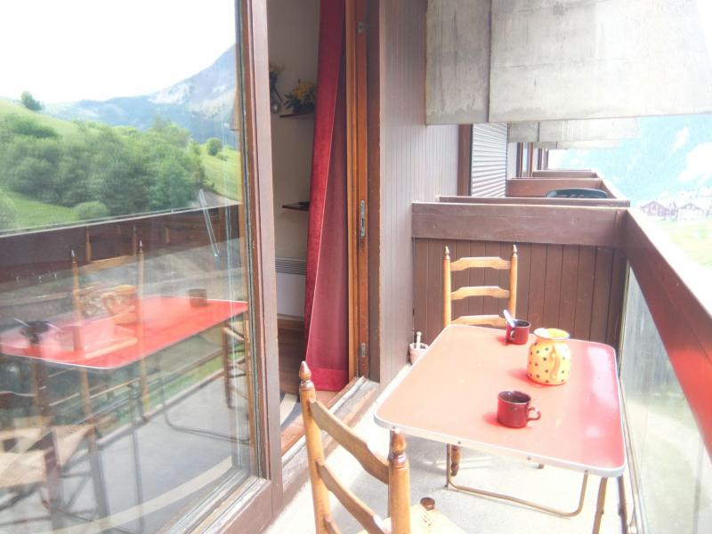 Holiday in mountain resort 2 room apartment 4 people (60) - Vostok Zodiaque - Le Corbier - Accommodation