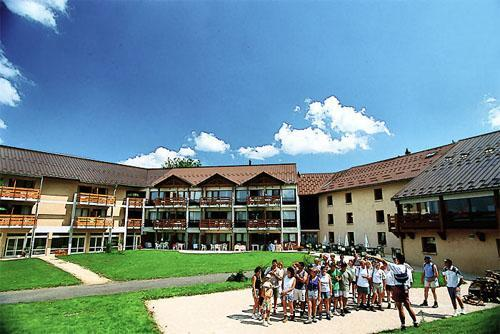 Location au ski Vvf Villages Le Mont Fier - Les Rousses - Extérieur été