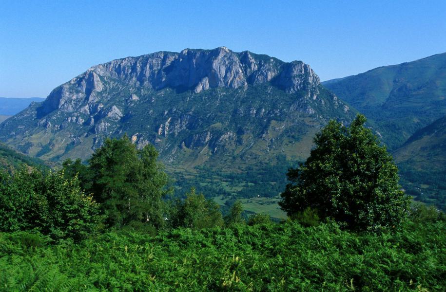 Wynajem na narty VVF Villages les Pyrénées Ariégeoises - Ax-Les-Thermes - Na zewnątrz latem