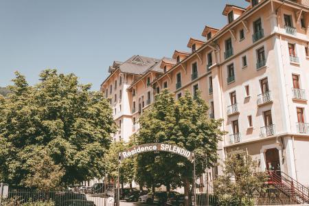 Rent in ski resort Appart'Hôtel le Splendid - Le Collet d'Allevard - Summer outside