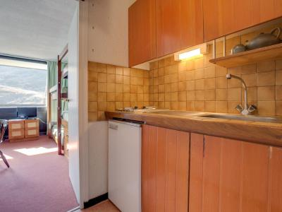 Holiday in mountain resort 1 room apartment 4 people (5) - Aravis - Les Menuires - Accommodation