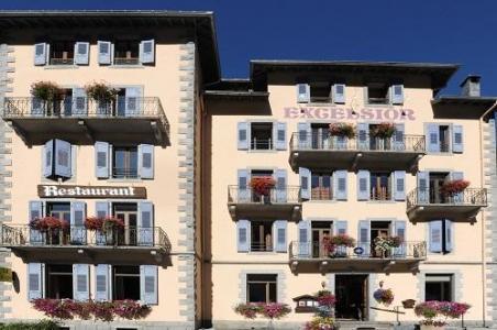 Location au ski Best Western Plus Excelsior Chamonix Hotel & Spa - Chamonix - Extérieur été