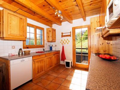 Holiday in mountain resort Chalet Alpina P12 - La Tzoumaz - Kitchen