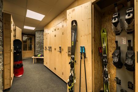 Vacances en montagne Chalet Altitude - Val Thorens - Casier à skis