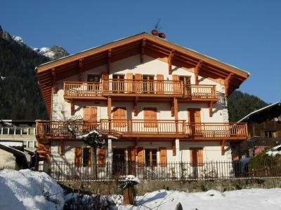 Location au ski Chalet Ambre - Chamonix - Extérieur été