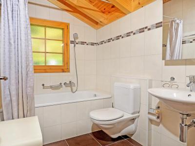 Vacances en montagne Chalet Bellevue - La Tzoumaz - Salle de bains
