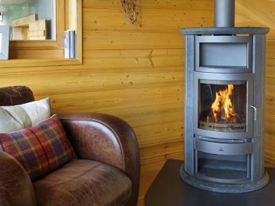Vacances en montagne Chalet Bryher - Thyon - Poêle à bois
