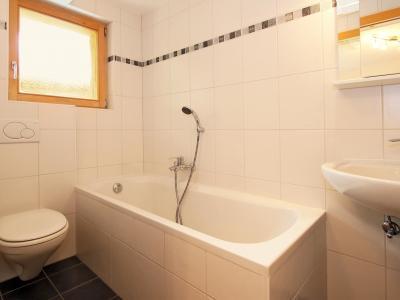 Vacances en montagne Chalet Charmille - La Tzoumaz - Salle de bains