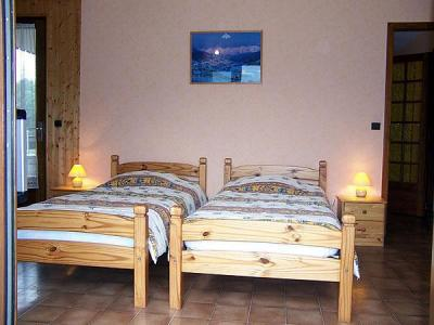 Holiday in mountain resort Chalet Charvin - Le Grand Bornand - Single bed