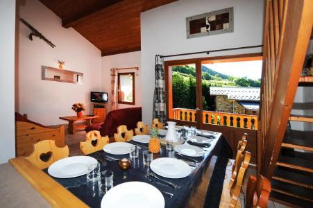 Vacances en montagne Appartement duplex 4 pièces 10 personnes - Chalet Cristal - Les Menuires - Table