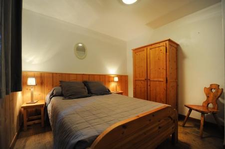 Vacances en montagne Appartement duplex 6 pièces 13 personnes - Chalet Cristal - Les Menuires - Lit double