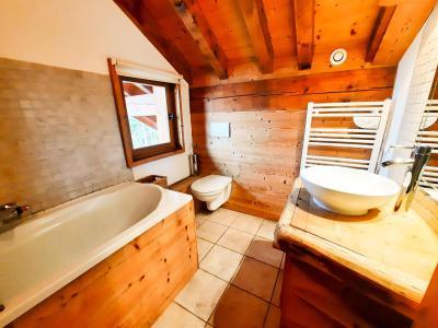 Vacances en montagne Chalet duplex 5 pièces 12 personnes - Chalet des Encombres - Saint Martin de Belleville - Escalier