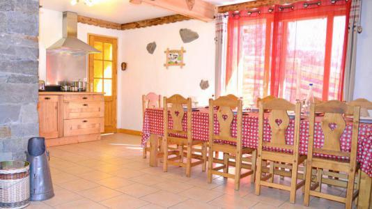 Vacances en montagne Chalet du Berger - Les Menuires - Salle à manger