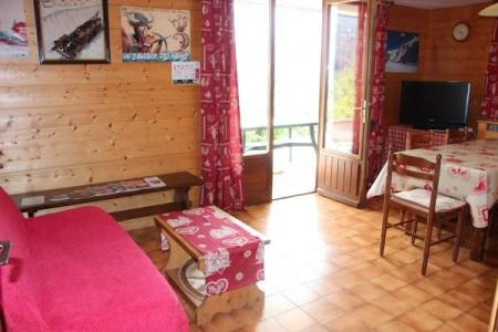 Holiday in mountain resort 2 room apartment cabin 4 people - Chalet Etche Ona - Le Grand Bornand - Settee