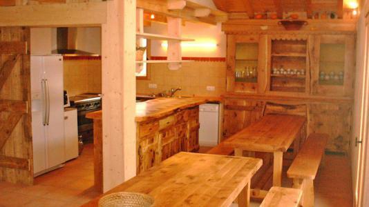 Vacances en montagne Chalet Gran Koute - Les Menuires - Salle à manger