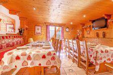 Vacances en montagne Chalet Grand Arbet - Champagny-en-Vanoise - Coin repas