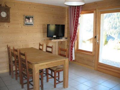 Vacances en montagne Appartement 3 pièces 6 personnes - Chalet Klesse Christelle - Châtel - Table